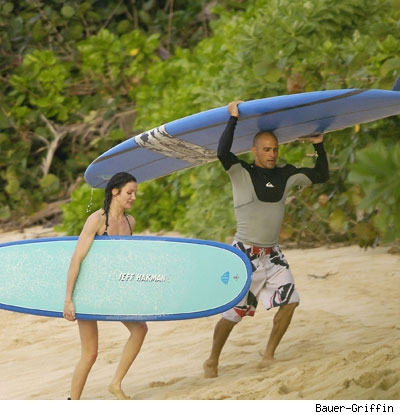 20119_diaz_slater_surf_baue.jpg