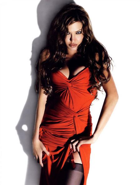 angelina_jolie_sexiest2007.jpg