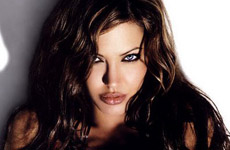 Angelina Jolie la más Sexy del 2007