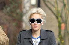 Gwen Stefani y familia paseando
