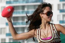 Jessica Alba en la playa