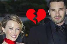 A Kylie Minogue la dejaron por teléfono