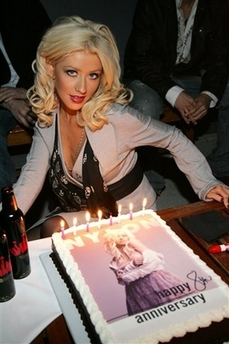 christina_aguilera_nylon_party.jpg