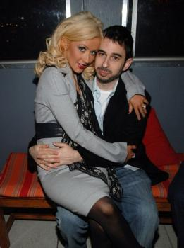 christina_aguilera_nylon_party2.jpg