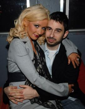christina_aguilera_nylon_party3.jpg