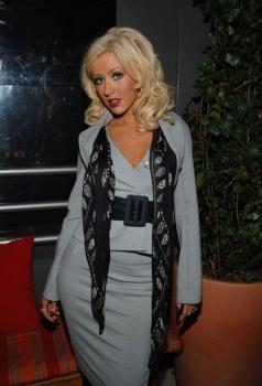 christina_aguilera_nylon_party4.jpg