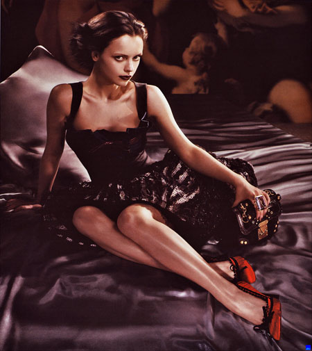 christina_ricci_louis_vuitton_ads2.jpg