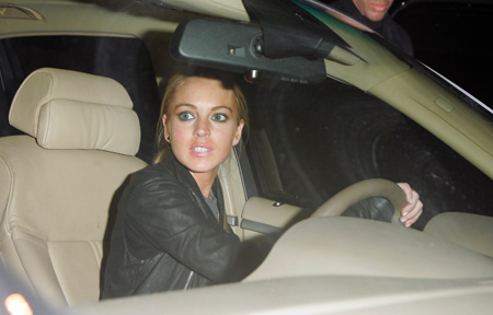 lindsay_lohan_is_accused_of_running_over_a_photographer_in_new_york_4.jpg