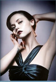 mean_mag_christina_ricci_01.jpg