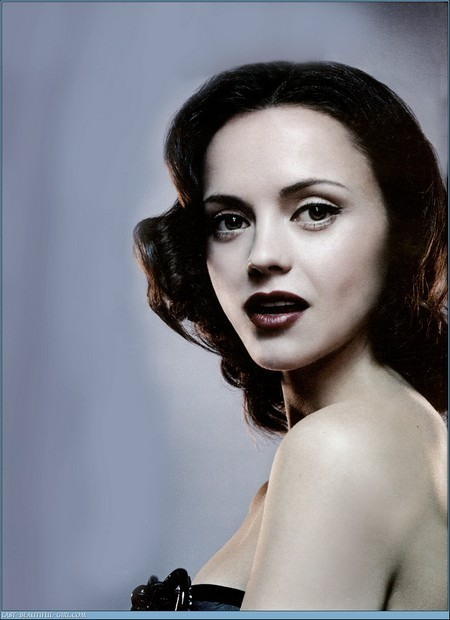mean_mag_christina_ricci_05.jpg