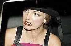 Britney necesita urgente un Estilista