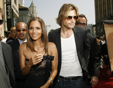 halle_berry_hollywood_star4.jpg