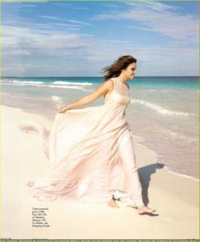 mandy-moore-elle-magazine-09.jpg