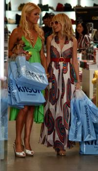nicole__paris_simple_life_at_kitson_02_farandulista.jpg