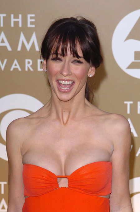 jennifer-love-hewitt-10.jpg