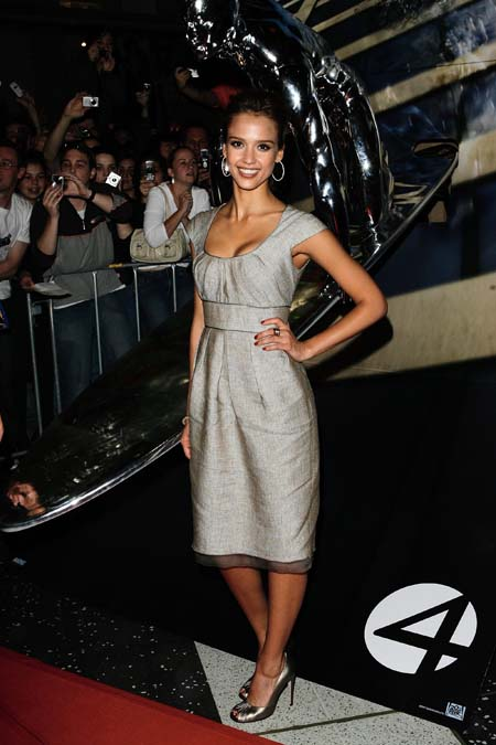 jessica_alba_fantastic_four_rise_of_the_silver_surfer_melbourne_cinema_launch_02_farandulista.jpg
