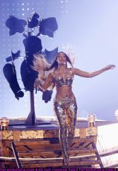 beyonce_bet_awards_performance_05_farandulista.jpg