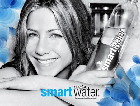 jenn_aniston_smartwater_ad_farandulista.jpg