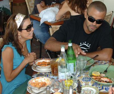 eva_tony_lunch_paps_farandulista02.jpg