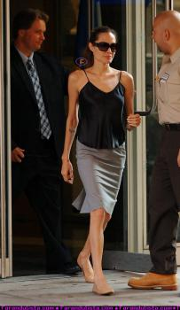 angelina-jolie-new-york-01.jpg