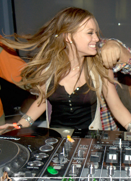 hilary-duff-parties-montreal.jpg