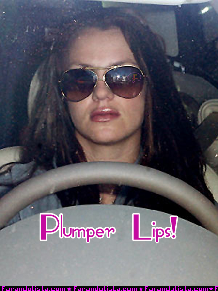 britney_spears-new-lips.jpg