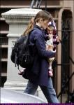 jennifer-garner-and-daughter-violet-in-new-york-03.jpg