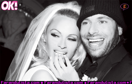 pamela-anderson-rick-salomon-wedding-pic-01.jpg