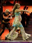 jennifer-lopez-performing-miami-01.jpg