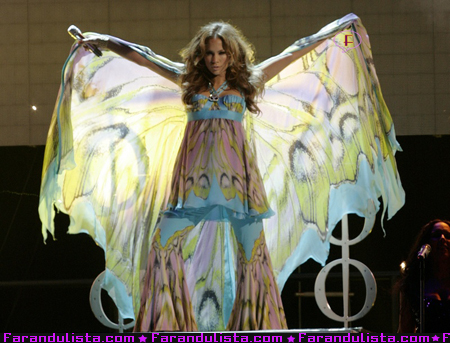 jennifer-lopez-performing-miami-03.jpg