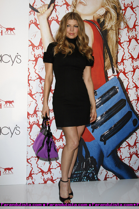 fergie_lspring_2008_handbag_collection-08-04.jpg