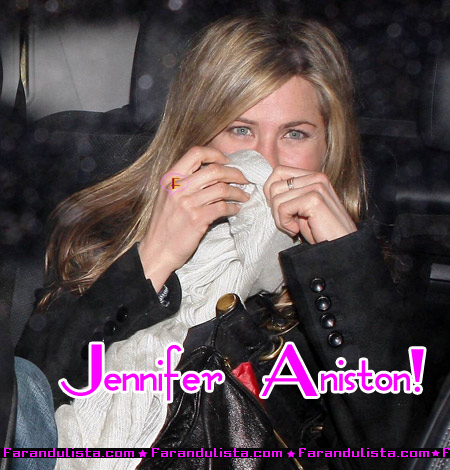 jennifer-aniston-hidding-01.jpg