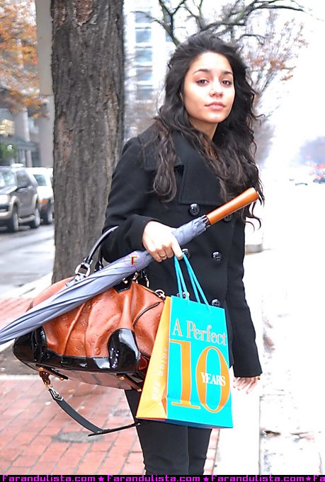 Vanessa hudgens en washington dc farandulista for A perfect ten salon