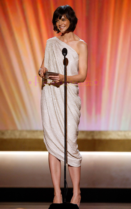 katie-holmes-critics-choice-awards-2008-06.jpg