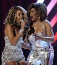beyonce-tina-turner-proud-mary-grammy-awards-2008.jpg