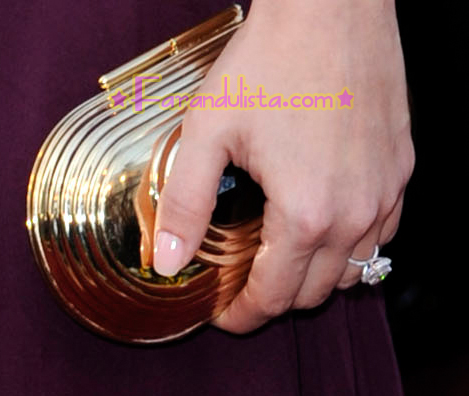 jessica-alba-red-carpet-academy-awards-2008-10.jpg