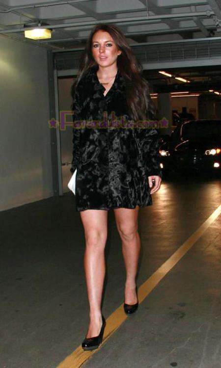 lindsay-lohan-black-hair-03.jpg