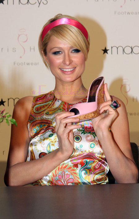 paris-hilton-at-launch-paris-hilton-footwear-collection-01.jpg