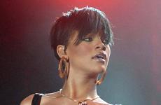 Rihanna y su traje sexy en Dublin