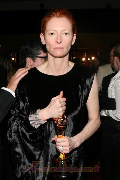 tilda-swinton-best-supporting-actress.jpg