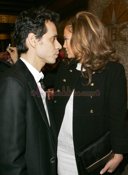 jennifer-lopez-and-marc-anthony-out-and-about-ny-02.jpg