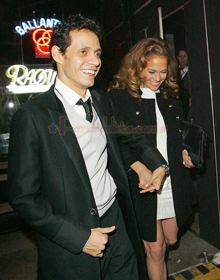 jennifer-lopez-and-marc-anthony-out-and-about-ny-04.jpg