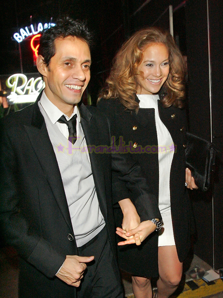 jennifer-lopez-and-marc-anthony-out-and-about-ny-05.jpg
