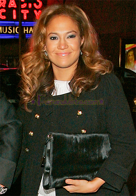 jennifer-lopez-and-marc-anthony-out-and-about-ny-07.jpg