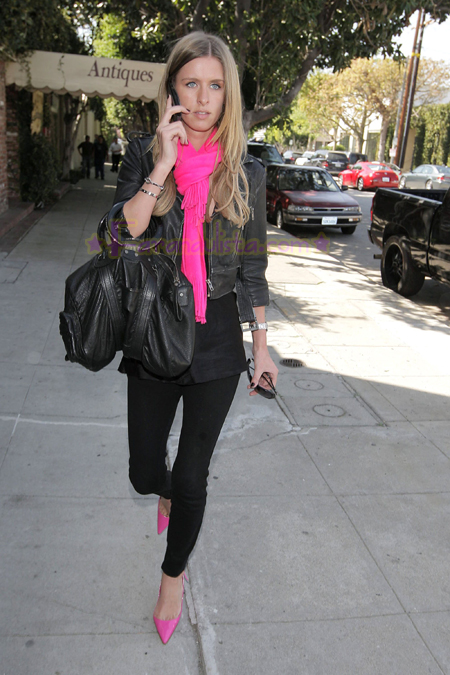 nicky-hilton-shopping-melrose-avenue-05.jpg