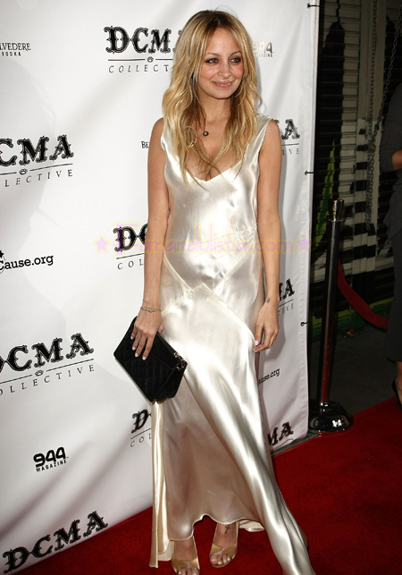 nicole-richie-at-launch-dcma-collective-store-01.jpg