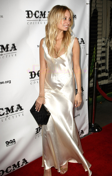 nicole-richie-at-launch-dcma-collective-store-02.jpg