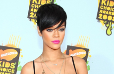 Rihanna en los Kids Choice Awards 2008