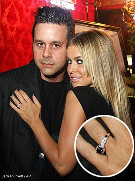carmen_electra_engage_ring.jpg