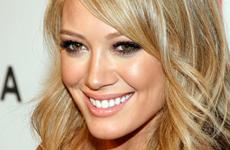 Hilary Duff en la proyeccion de War, Inc